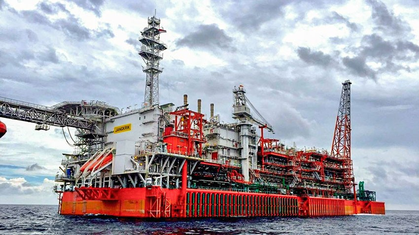 Eni Starts Gas Production from Merakes Project Deep Offshore